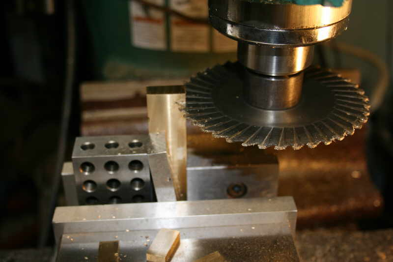 Slitting saw setup